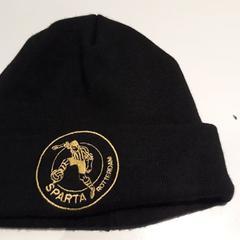 Zwarte muts met Sparta logo, zoals gemeld door Sparta Rotterdam met iLost