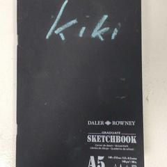 Schetsboek zwart, zoals gemeld door Artis met iLost