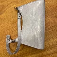 Handtas, zoals gemeld door HTM met iLost