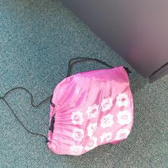 roze nylontas, zoals gemeld door Connexxion Overijssel / Flevoland-IJsselmond met iLost