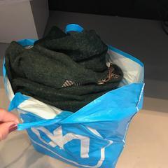 AH tas met groene jas en meer spullen, zoals gemeld door Groninger Museum met iLost