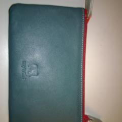 Portemonnee purse, gerapporteerd met iLost